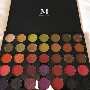 Morphe Makeup Boss Mood 35M Eye Shadow Palette